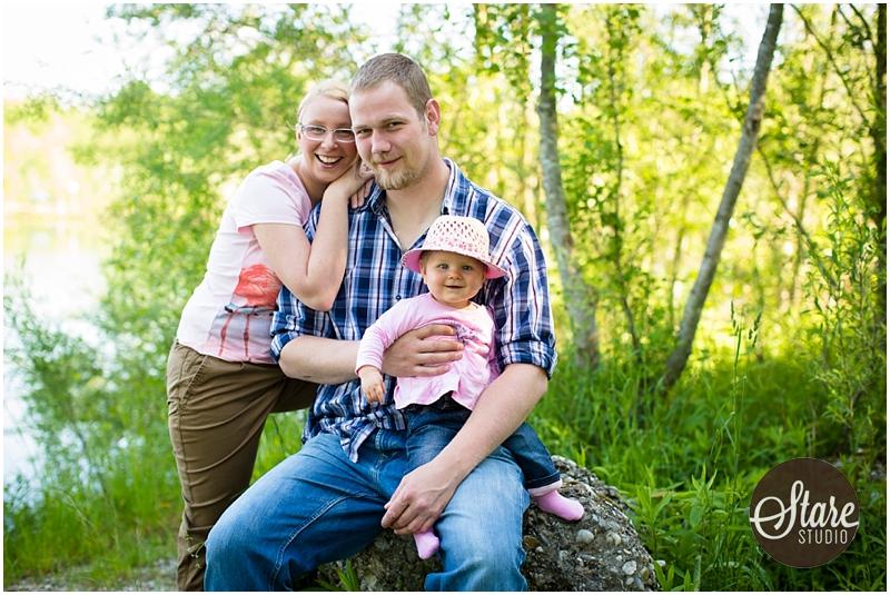 Familienbilder im Freien vom StareStudio Wörth an der Isar